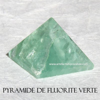 Pyramide de Fluorite Verte (25mm) - Protection & Purification