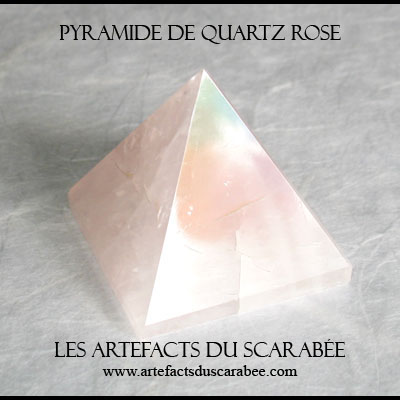 Pyramide de Quartz Rose (25mm) -Protection, Amour Inconditionnel