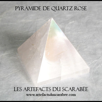 Pyramide de Quartz Rose (20mm) -Protection, Amour Inconditionnel